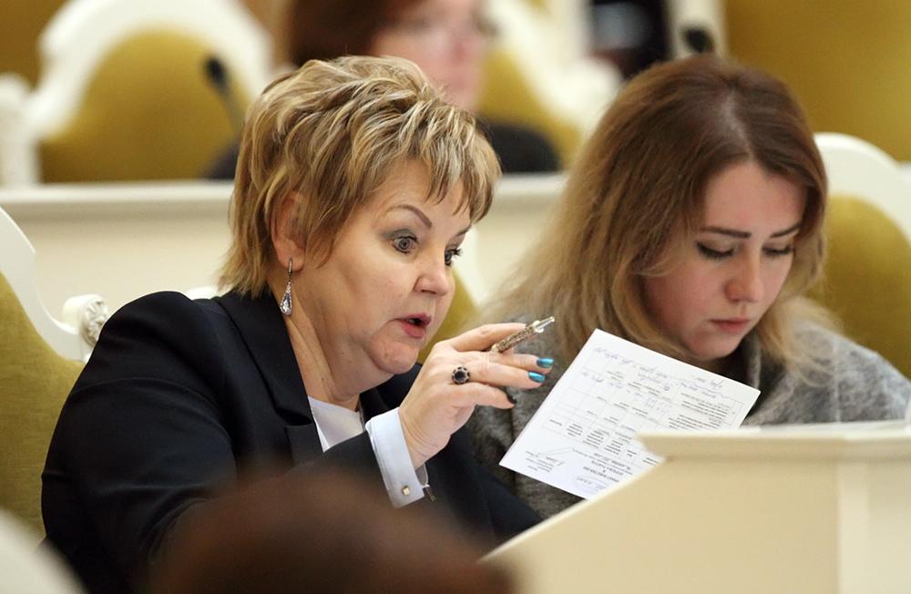 Депутаты ЗакСа Сергеева и Погорелов подали документы на праймериз ЕдРа