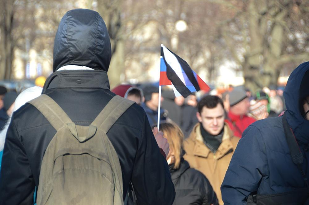 фото ЗакС политика Дворцовый и Благовещенский мосты закрыли для пешеходов перед митингами в поддержку Навального