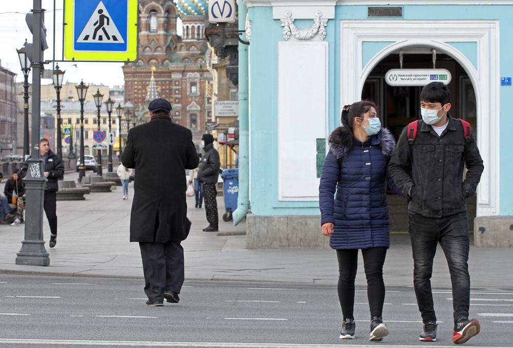 Петербуржцы высказались против бессрочного масочного режима