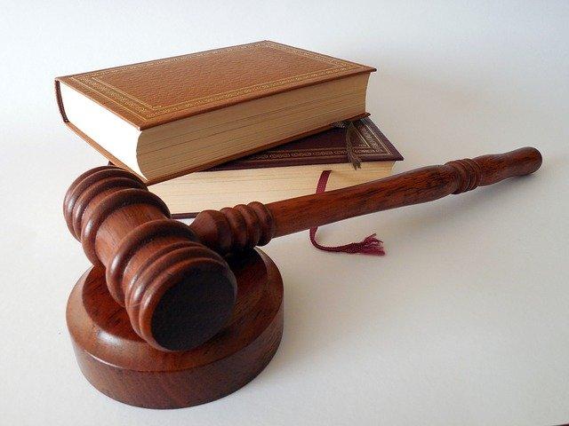 В Архангельске суд отклонил жалобу на продление ареста отцу Ивана Жданова