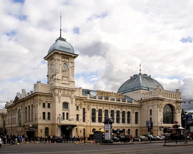 фото ЗакС политика На Витебском вокзале остановили самовольные работы