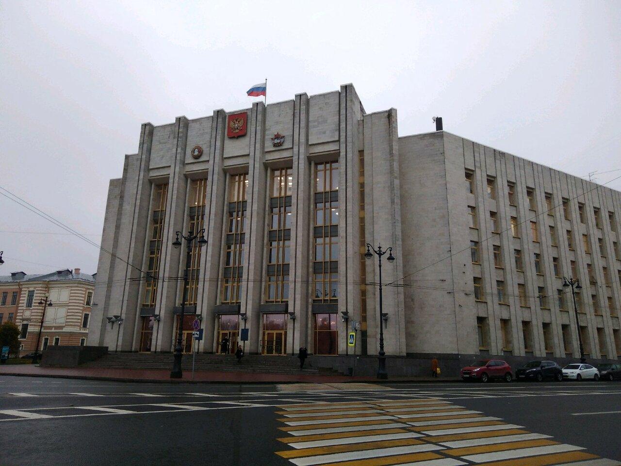 Правительство Ленобласти просит смягчить условия приема иностранцев на работу
