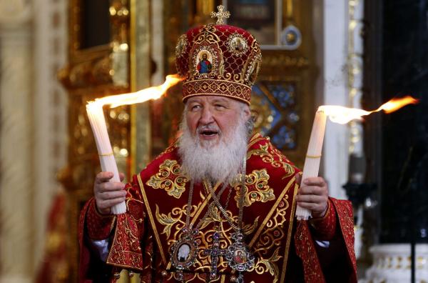фото ЗакС политика Патриарх считает, что нельзя медлить с воцерковлением детей