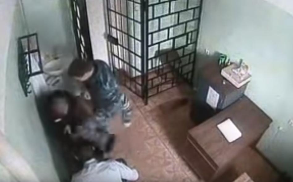 ФСИН отреагировала на обнародованное видео избиения зэка в Карелии