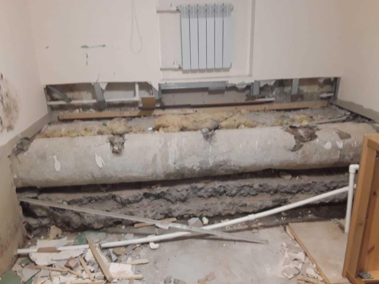 фото ЗакС политика На Черной речке выселяют хостел, в котором кровати стояли на трубах с кипятком