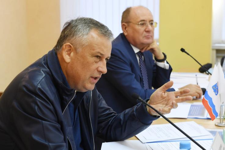"фото ЗакС политика Дрозденко и ""Газпром"" анонсировали широкомасштабную газификацию Ленобласти"