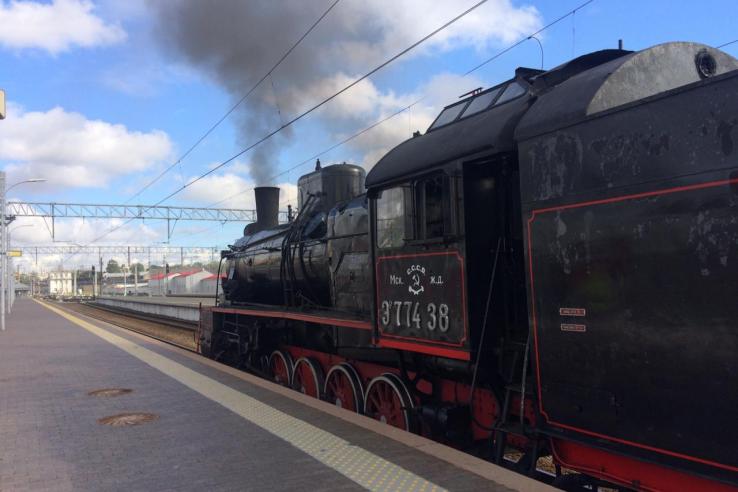 фото ЗакС политика В Петербурге на три дня остановился Поезд Победы