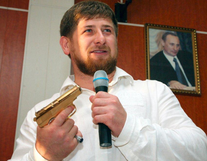 фото ЗакС политика В Чечне открылась крупнейшая в Европе мечеть имени Рамзана Кадырова