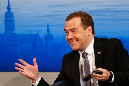 фото ЗакС политика Медведеву понадобилась оцифровка законодательства СССР