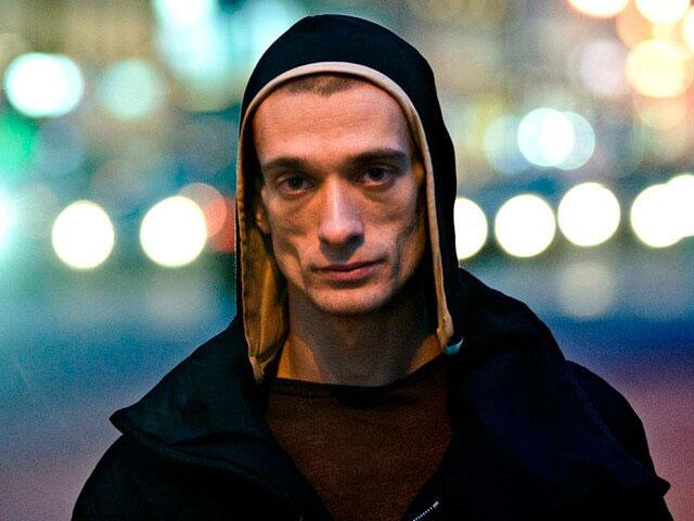 фото ЗакС политика Акциониста Павленского арестовали во Франции