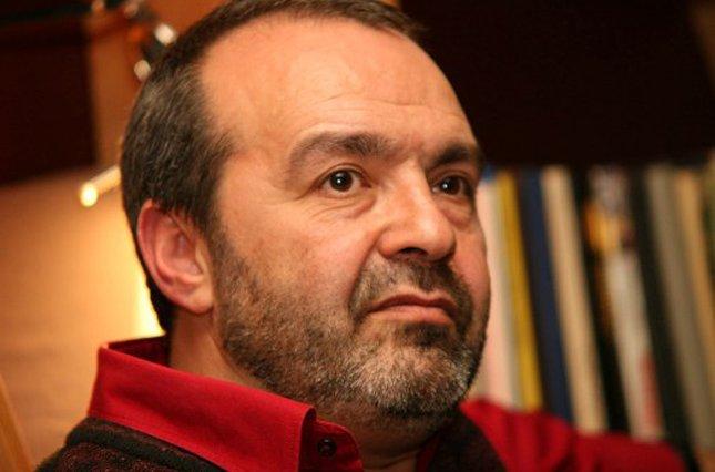 """фото ЗакС политика Шендерович призвал культурную элиту держаться от власти на """"санитарном расстоянии"""""""