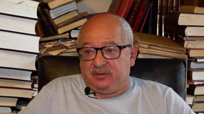 фото ЗакС политика Лев Лурье считает, что как единоросс Макаров эффективнее Турчака