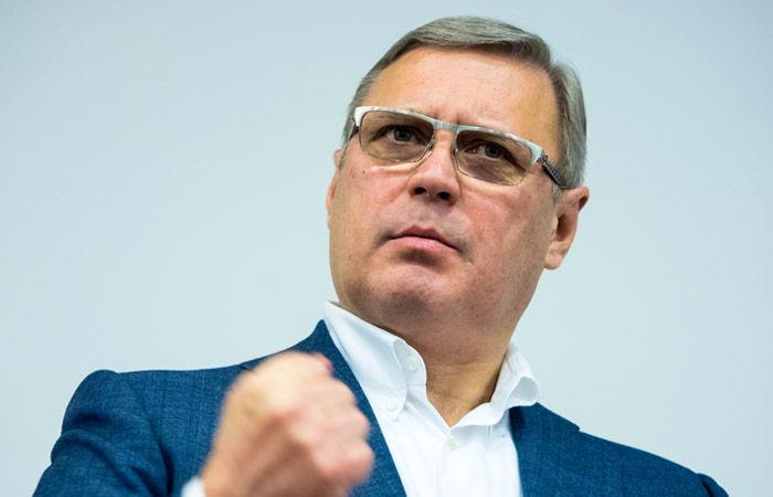 """фото ЗакС политика Касьянов считает, что у его партии """"Парнас"""" нет конкурентов"""