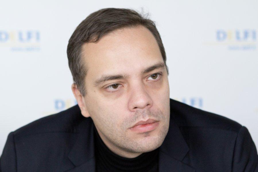 фото ЗакС политика Сбербанк заблокировал карту Милова, на которую поступали донаты