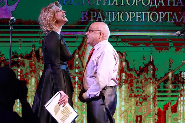 фото ЗакС политика Инна Карпушина стала пресс-секретарем Смольного