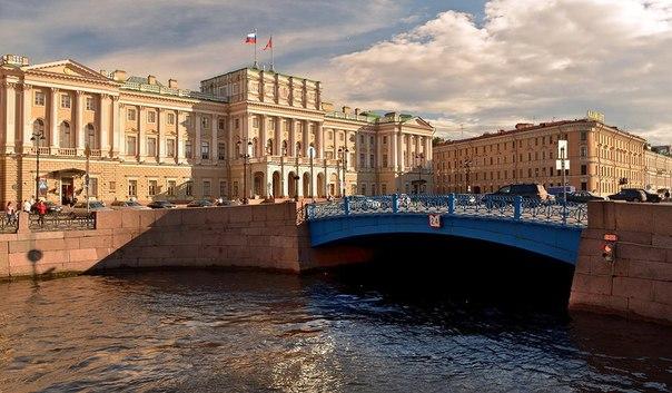 фото ЗакС политика Конкурсы на ремонт Зеленого моста и набережной канала Грибоедова не устроили УФАС
