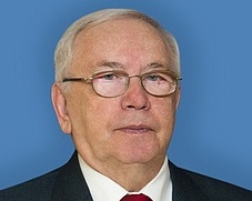 фото ЗакС политика Лукин отозвал законопроект, ограничивающий съемку на выборах