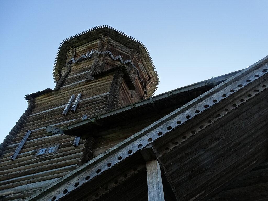 фото ЗакС политика Подозреваемому в поджоге карельской церкви подростку назначили лечение