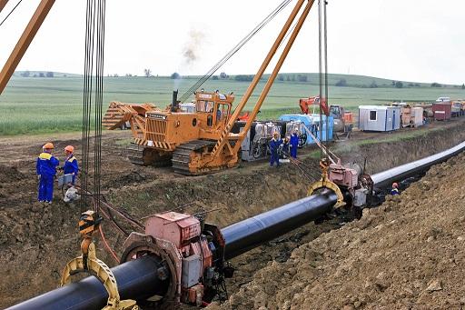 фото ЗакС политика Экологи обеспокоены тем, что в Янино завалили мусором магистральный газопровод