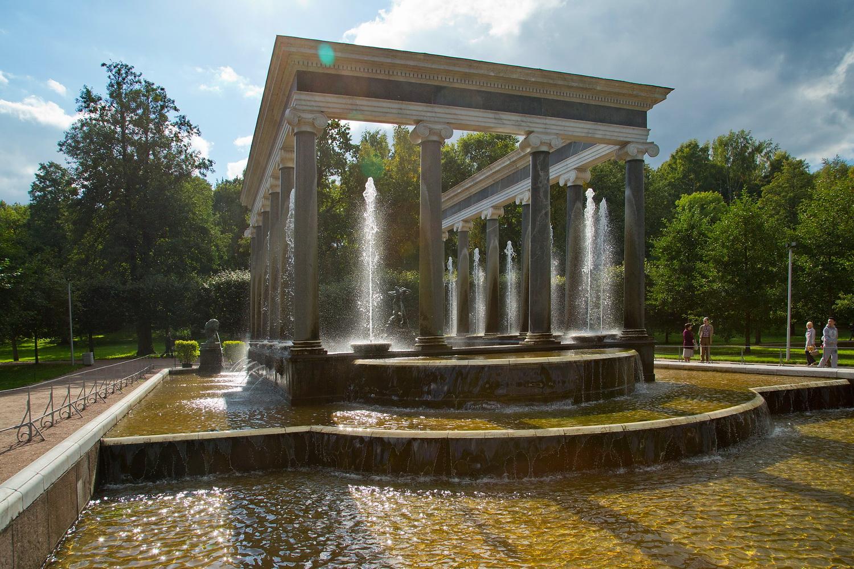 фото ЗакС политика Беглов открыл сезон фонтанов