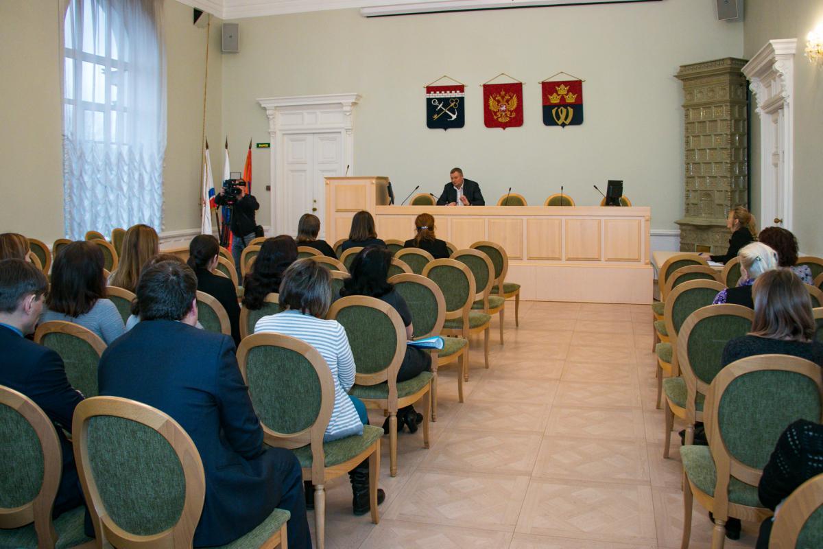 фото ЗакС политика Перед жителями Ленобласти отчитались об исполнении прошлогоднего бюджета
