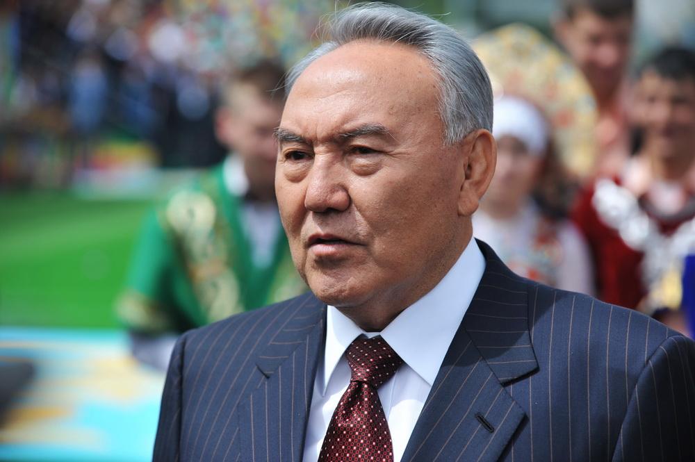 фото ЗакС политика Назарбаев снялся в патриотическом клипе на свою песню