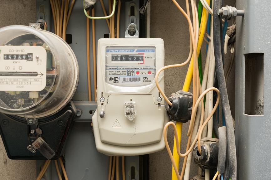 фото ЗакС политика В России стало строже наказание за кражу электричества