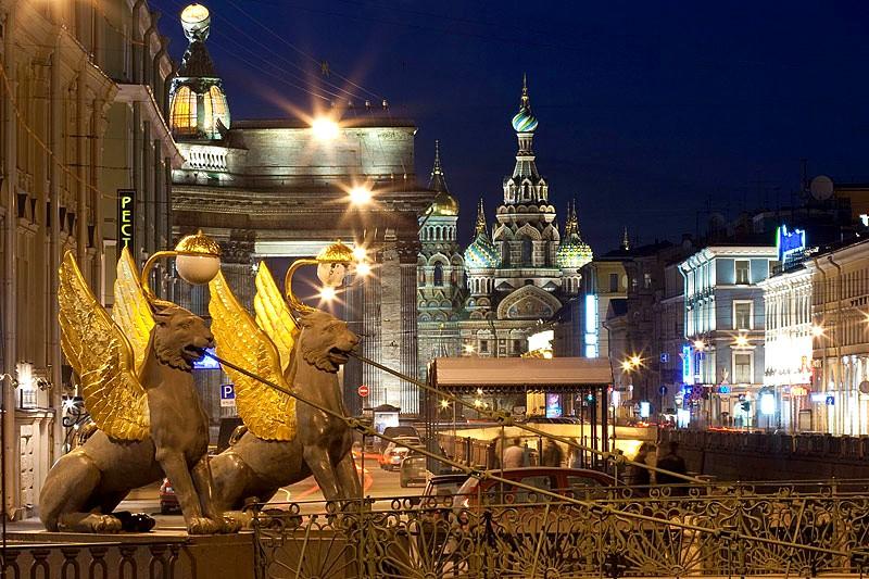 фото ЗакС политика Беглов открыл Банковский мост после двухлетнего ремонта