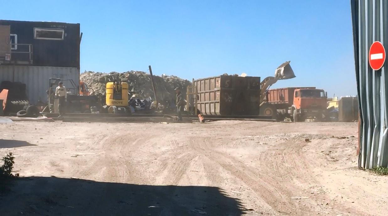 фото ЗакС политика Ущерб от свалок в поселке имени Свердлова оценили в 24 млн рублей