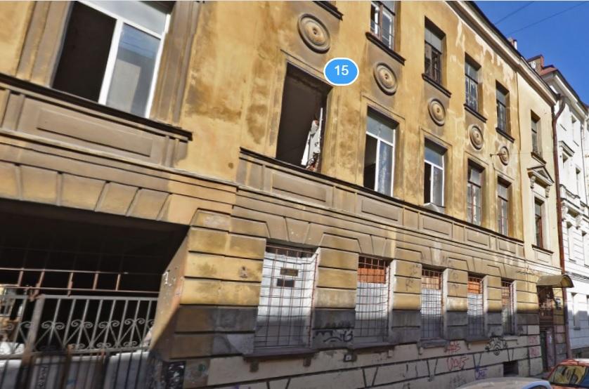 фото ЗакС политика За Владимирским собором капитально отремонтировали старинный дом