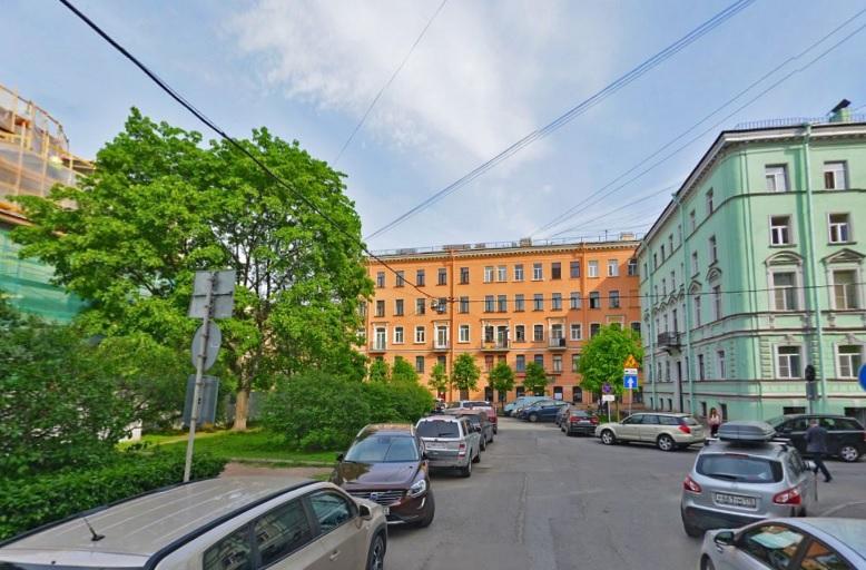 фото ЗакС политика Перекрестку в центре Петербурга могут вернуть название Рождественской площади