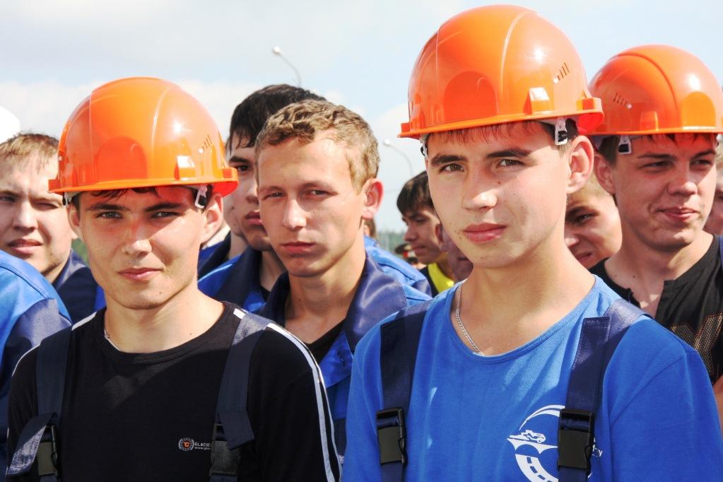 фото ЗакС политика В Ленобласти поддержат работодателей, трудоустраивающих несовершеннолетних