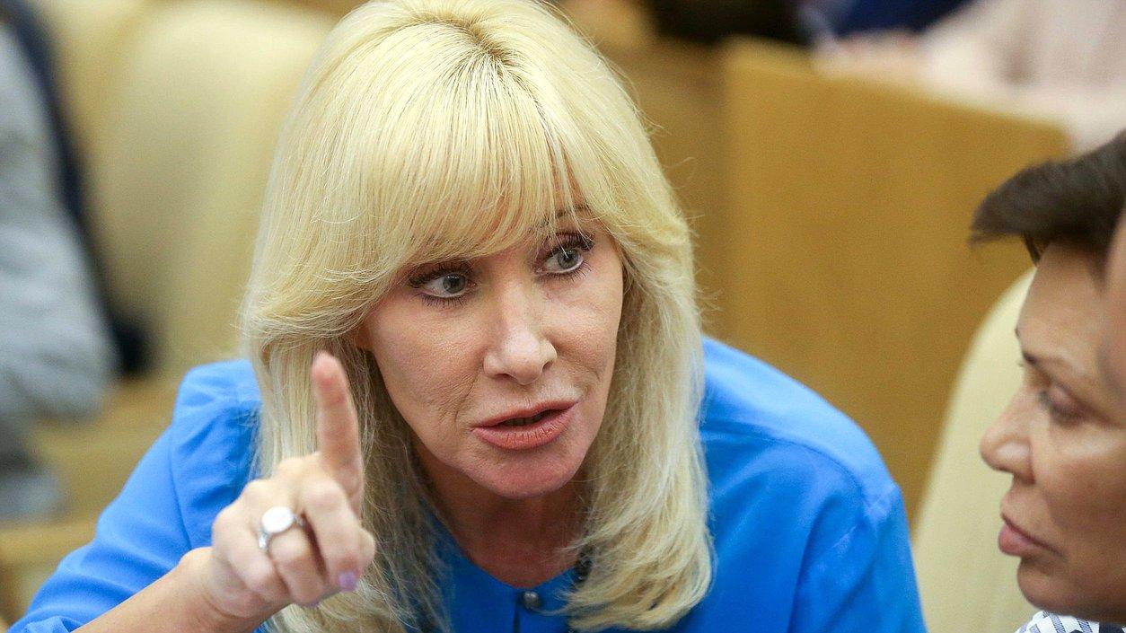 фото ЗакС политика Автор законопроекта о домашнем насилии снова жалуется на угрозы