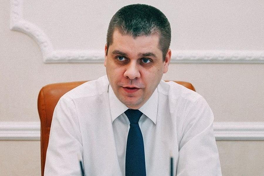 фото ЗакС политика Обвиняемый в коррупции бывший вице-губернатор Псковской области выступил с последним словом
