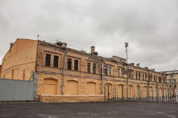 фото ЗакС политика Желающие создания в Мытном дворе рекреационной зоны обратились к Путину