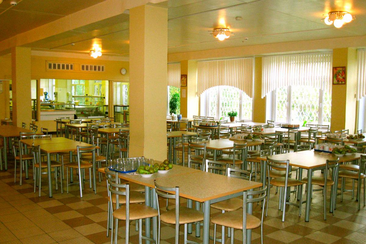 фото ЗакС политика В Ленобласти увеличат финансирование школьных обедов