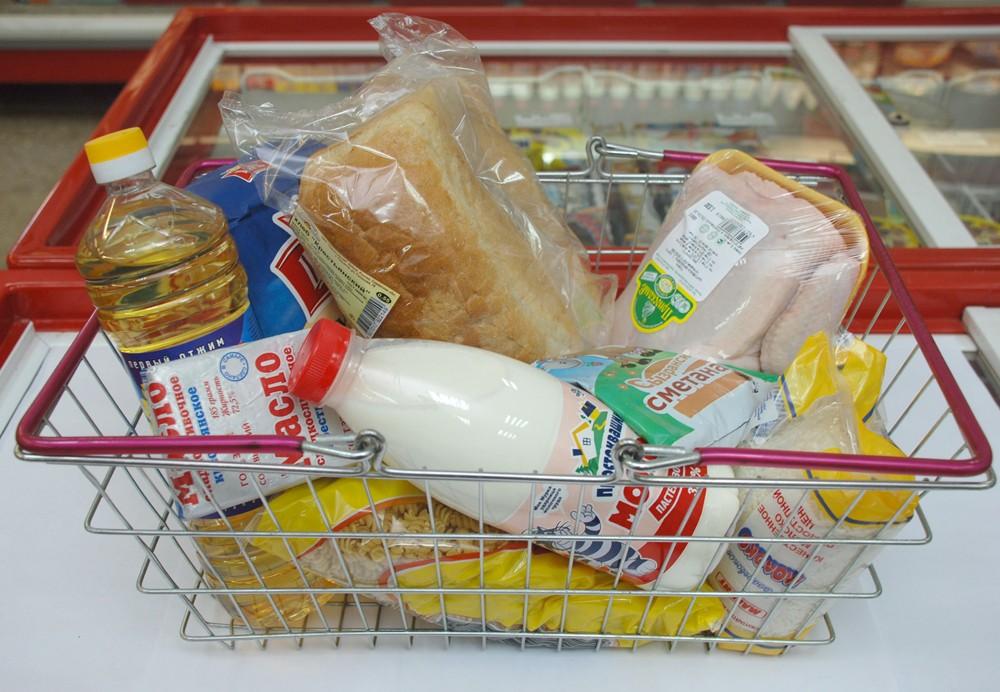фото ЗакС политика На время каникул семьи школьников получат продуктовые наборы