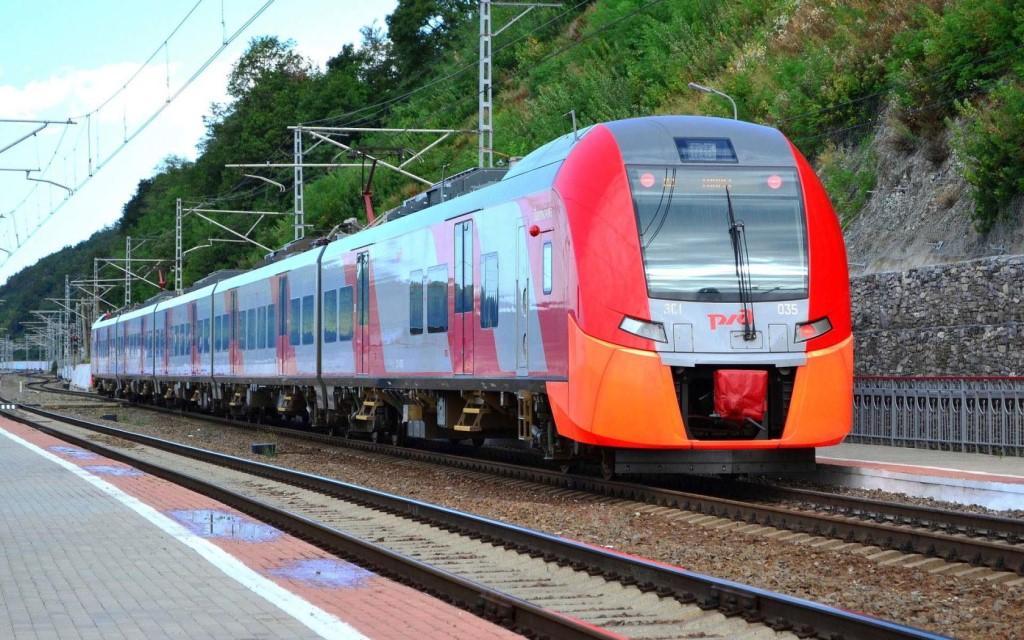 фото ЗакС политика РЖД вернут более ста поездов, отмененных из-за пандемии