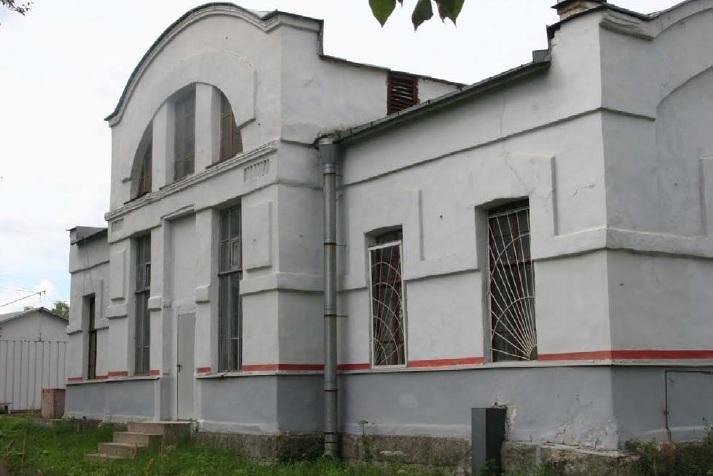 фото ЗакС политика Вокзал на станции Горелово приобрел статус регионального памятника