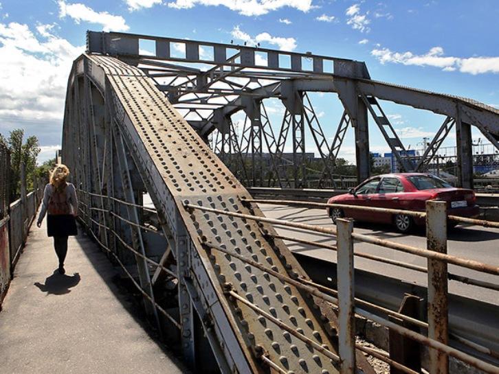 фото ЗакС политика Цимбалинскому мосту отказали в присвоении статуса исторического памятника