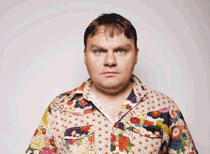 фото ЗакС политика Журналист Плющев получил второй штраф за пикет в поддержку коллеги Азара