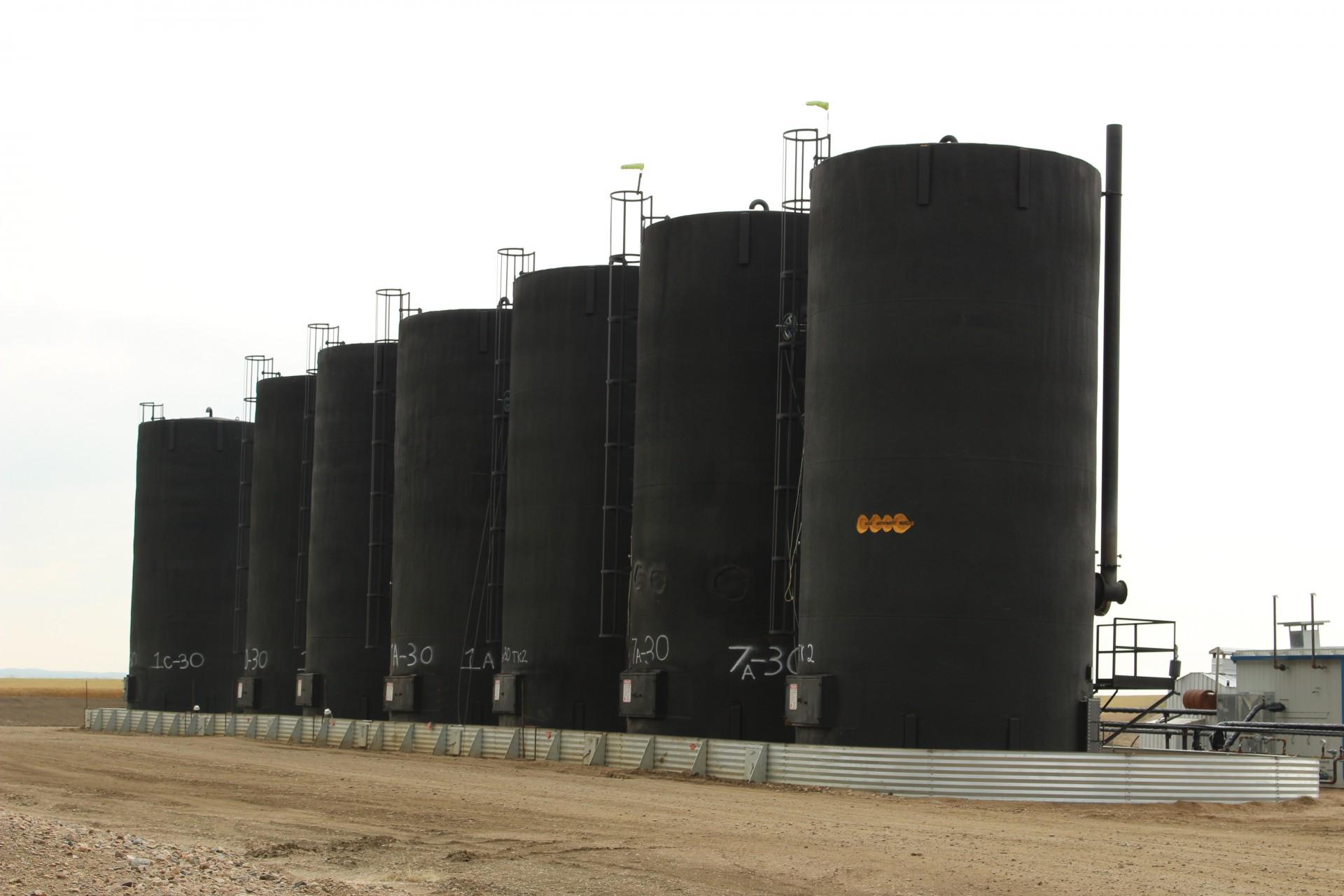 фото ЗакС политика В республике Коми случился разлив нефти