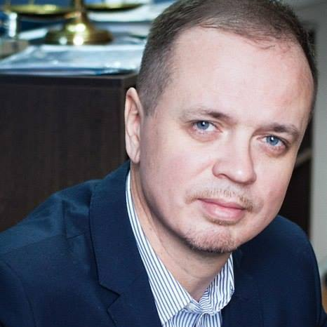 Адвокат: За Сафроновым следили почти год