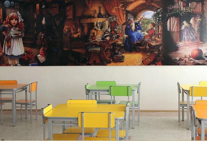 фото ЗакС политика Школьников в Горелово кормят завтраками вместо обедов