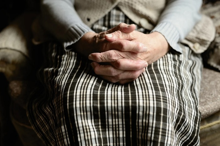 фото ЗакС политика Пенсионеров Вологодской области снова обязали сидеть по домам