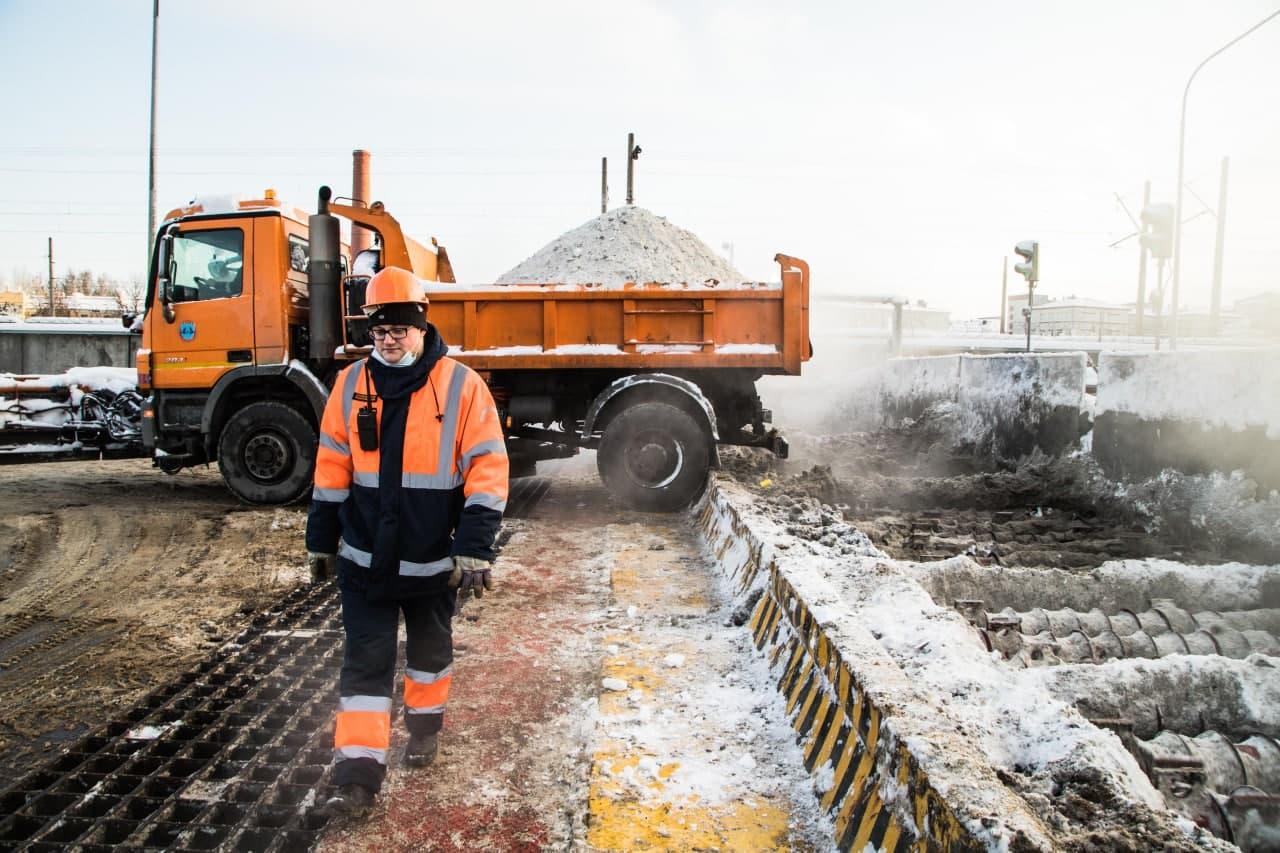 фото ЗакС политика С улиц Петербурга убрали рекордное для нынешней зимы количество снега