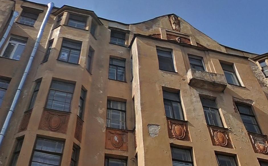 Возвращение Мефистофеля на фасад дома Лишневского задержится на несколько лет