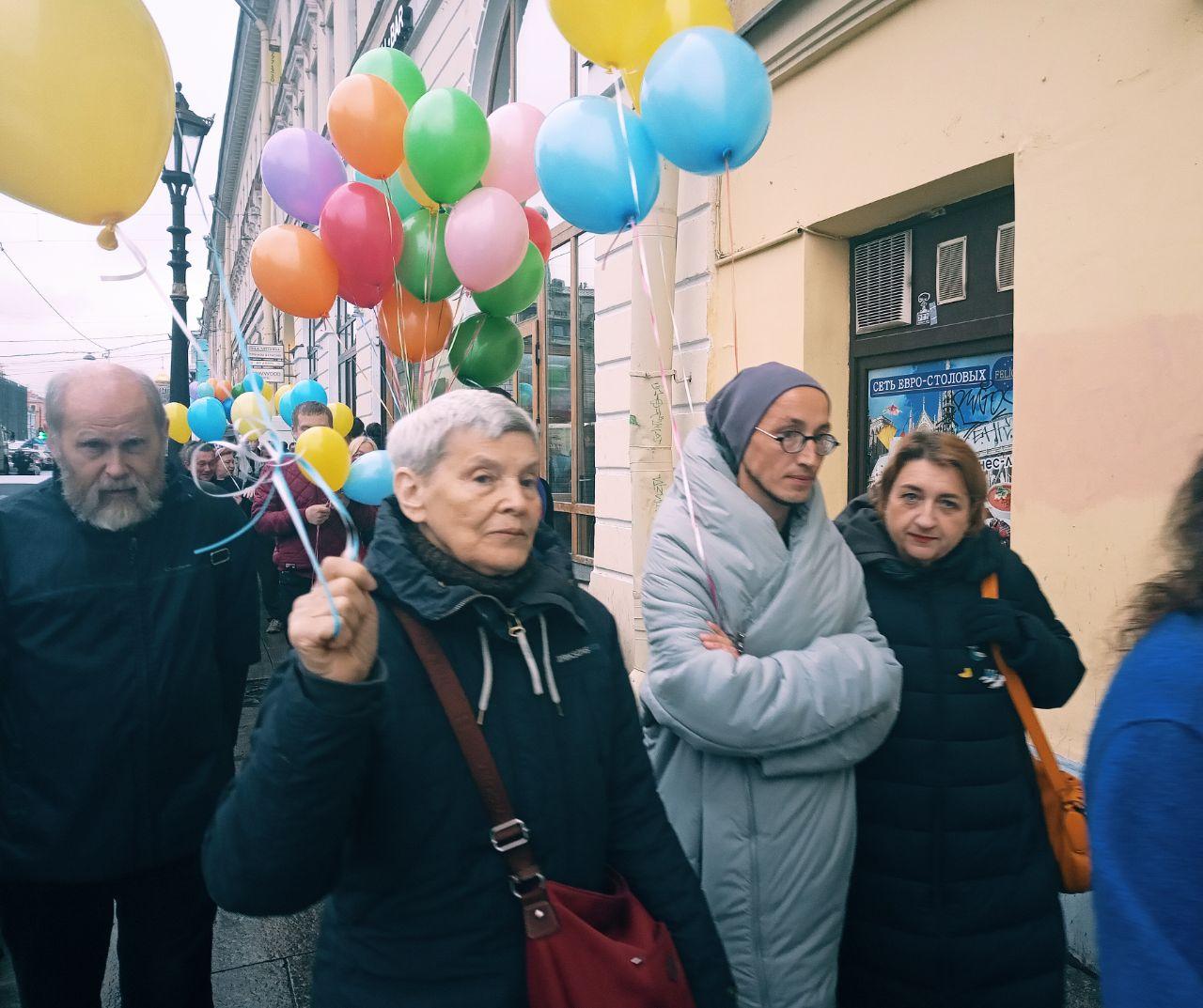 В центре Петербурга прошел Марш мира