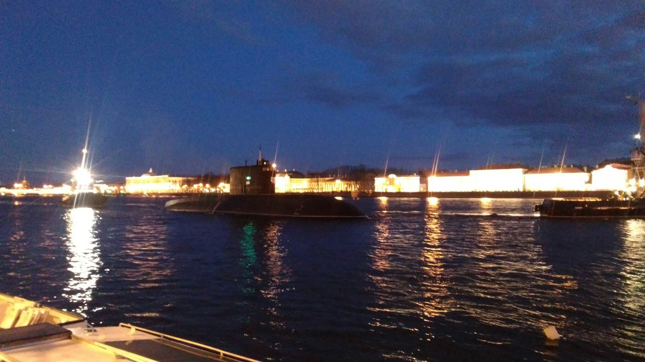 «Фонтанка» передала оботмене морского парада вПетербурге