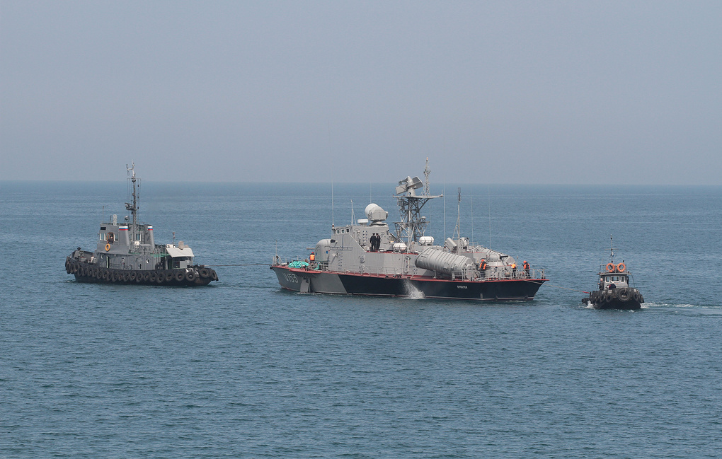 фото ЗакС политика Задержанные в Керченском проливе корабли передадут Украине 18 ноября
